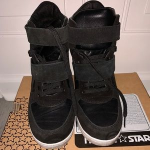 North star leather sneakers on a heel, size 10